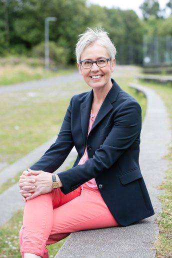 Dr. Hella Fischer