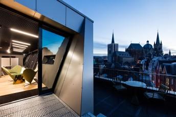 Mathes Design neue Büroräume   CROSS Architecture